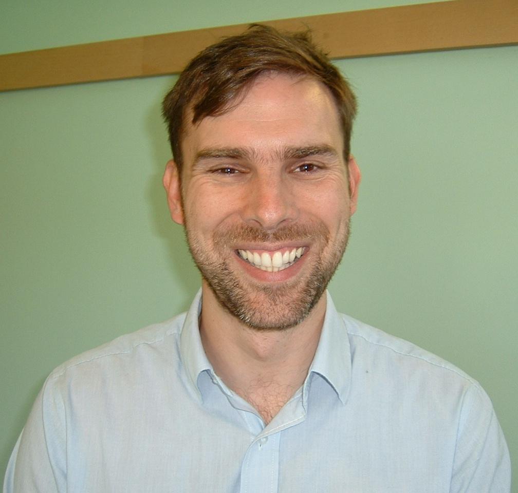 Dr Graham Roberts